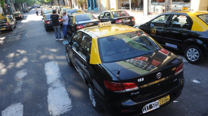 Los taxistas le metieron presión al Concejo por la suba de la tarifa.