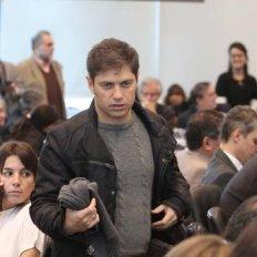El exministro Axel Kicillof fue agredido cuando llegaba con su hijo al colegio