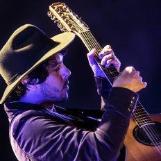 Mientras prepara su nuevo disco de estudio, el cantante y compositor inició una serie de shows en el marco del lanzamiento de su primer disco doble en vivo.