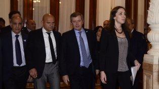 El reclamo del gobierno bonaerense, que la mandataria María Eugenia Vidal ya había formulado junto al resto de las fuerzas políticas de la provincia, tiene lugar a menos de una semana de la firma del Acuerdo por el Nuevo Federalismo.