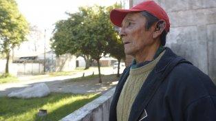 Desazón. Jorge Cáceres fue asaltado y le debieron suturar la oreja.