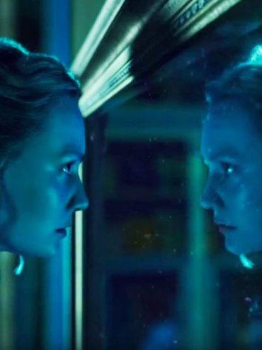 Decisión. El filme encuentra a Alicia adulta (Mia Wasikowsca) enfrentada a lo que se espera de ella.