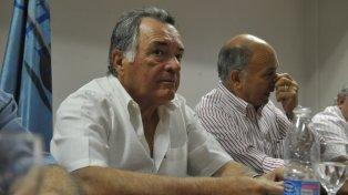 Luis Barrionuevo junto a Momo Venegas.