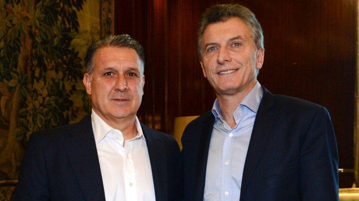 Macri se reunió con el Tata Martino y le deseó suerte en la Copa América
