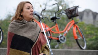 La intendenta Mónica Fein dijo que la sociedad debe admitir que hay pobreza. Hoy presentó en el Parque Irigoyen de una nueva etapa del programa Mi bici, tu bici.