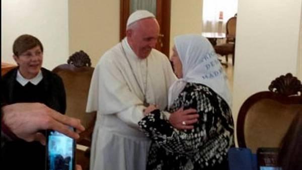 El Papa Francisco recibió hoy al presidente de Madres de Plaza de Mayo, Hebe de Bonafini.