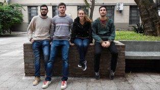 Lucas Gorosito, Ernesto Bua, Virginia Stante y Juan Ruano estudian ingeniería industrial y buscan un perfil social.