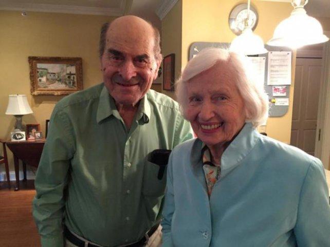 [Aprendelo] Maniobra de Heimlich - Con 97 años salva vida