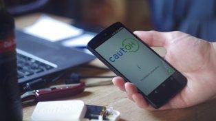 Cautoh está disponible para smartphones a un precio de 30 dólares.