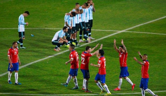 Ultima imagen. Chile festeja y Messi y compañía lo sufren. Fue el ...