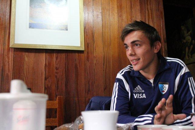 El delantero de Jockey Club recibió a Ovación en su domicilio.