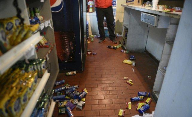 La cantina también sufrió el acto vandálico.
