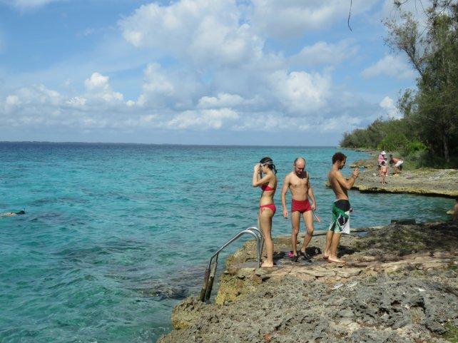 Bucear y hacer snorkel, deportes y aventuras.