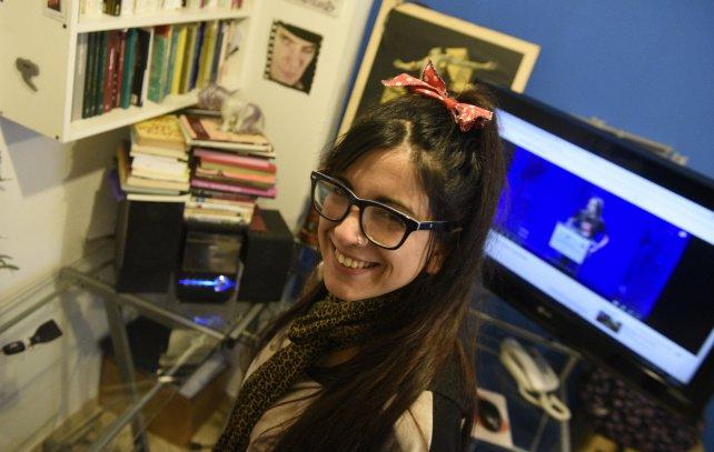 Marianela Luna dicta las clases por Skype desde su casa.