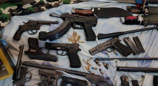 Las armas secuestradas esta mañana.