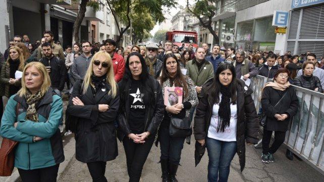 Los familiares de las víctimas renovaron críticas hacia la Justicia y Litoral Gas.