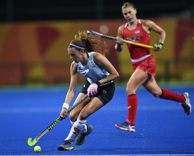 Las Leonas.  Desde las 20.30 hockey sobre césped femenino. Argentina ante Japón por la segunda fecha, del grupo B.