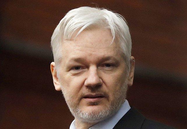 Assange, ahora contra Hillary.