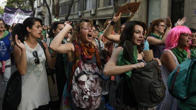 Las mujeres coparon las calles rosarinas.