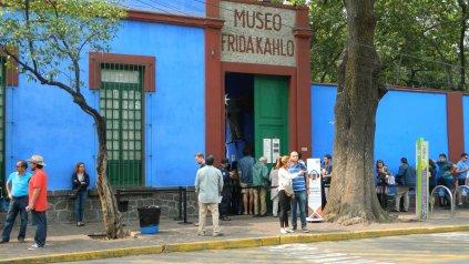 La Casa Azul, el lugar donde nació y murió Frida.
