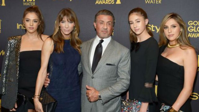 Stallone en familia, muy lejos de sus famosos personajes cinematográficos.