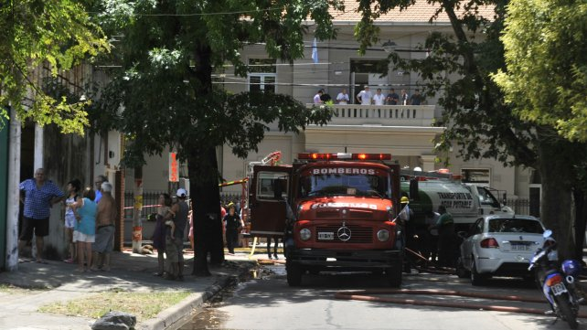 Varias dotaciones de bomberos participaron del operativo.