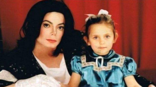 Michael y Paris.