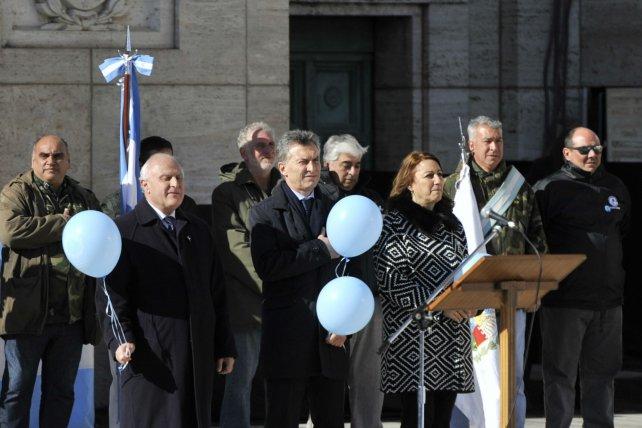 Lifschitz Macri y Fein en el acto del 20 de Junio del año pasado en el Monumento