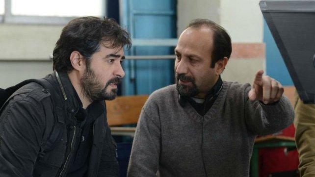 Asghar Farhadi (derecha), con Shahab Hosseini, en el rodaje de