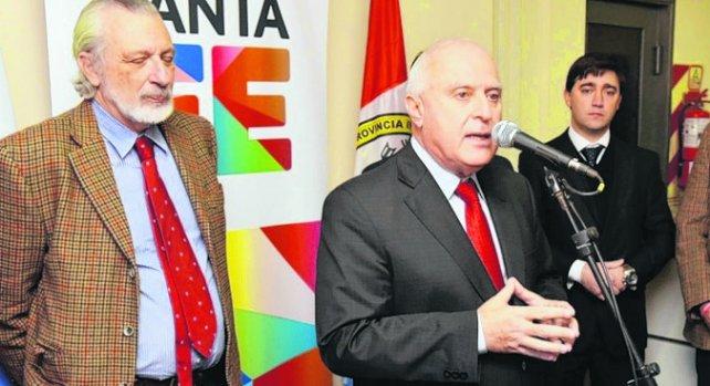 El gobernador Miguel Lifschitz y el ministro de Justicia Ricardo Silverstein.