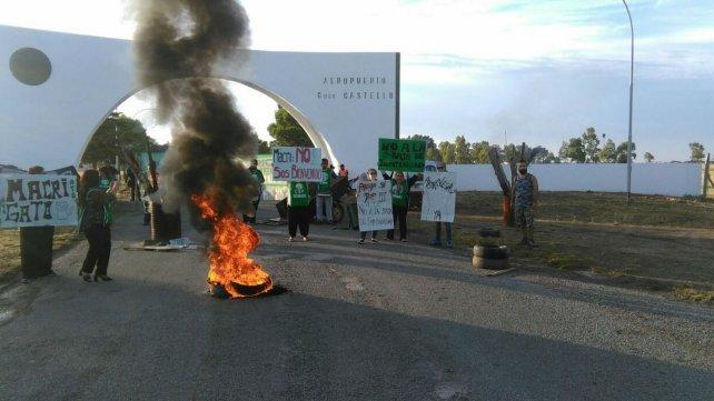 Los manifestantes llevaron sus reclamos al presidente.