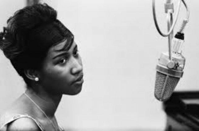 Aretha Franklin anunció que se retira de los escenarios