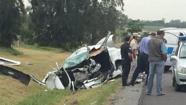 Cuatro de los cinco delincuentes, fallecieron tras colisionar de frente con el vehículo de los turistas argentinos.