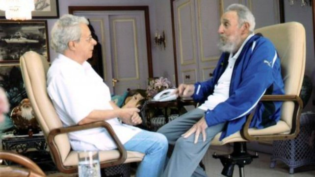 Frei Betto y Fidel, cara a cara en La Habana.