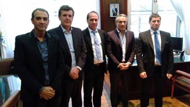Los directivos de Cirubon se reunieron hoy con las autoridades nacionales para agilizar la compra de Mefro Wheels.