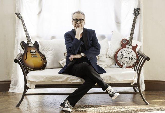 El ex Serú Girán quiere editar un nuevo trabajo apenas concluya la actual gira.