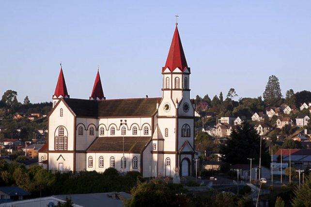 Puerto Varas, en el sur profundo de Chile, es una población pequeña pero plena de encantos.