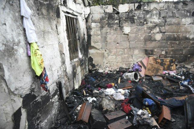 El incendio en Pasco y Beruti se declaró alrededor de las 2.30.