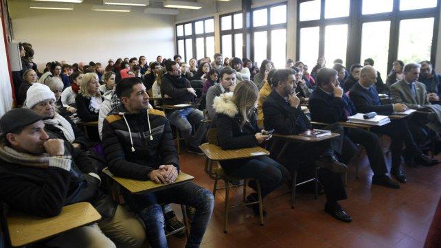 El programa que apunta a garantizar el acceso de los detenidos a la educación se presentó en Ciencia Política.