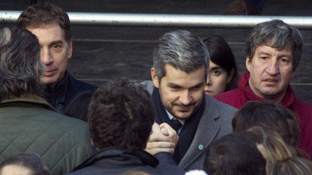 El jefe de Gabinete Marcos Peña, presente en el acto de la Amia.