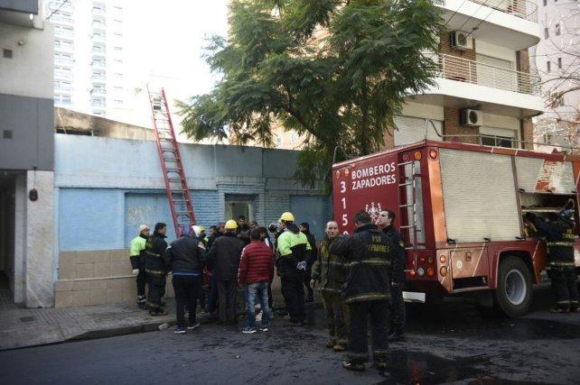 Bomberos Zapadores trabajó durante dos o tres horas en el lugar.