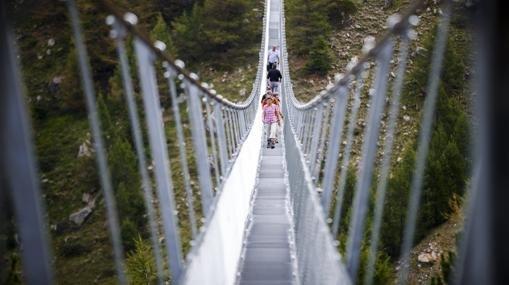 Vista del puente colgante