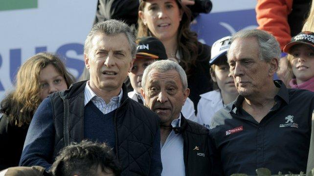 Macri y el Flaco Traverso, leyenda del automovilismo nacional.