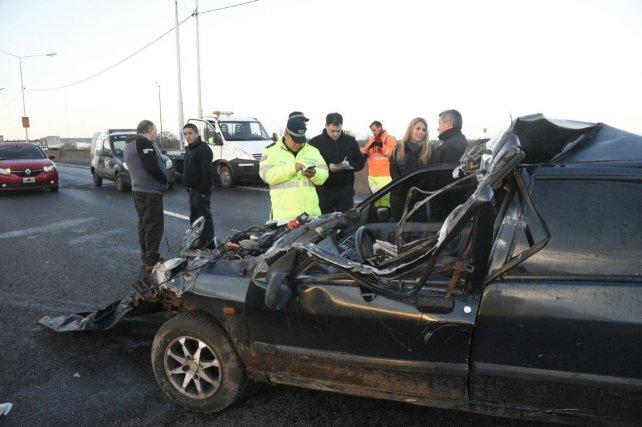 El choque se produjo en el carril de circulación sur-norte, entre 27 de Febrero y Pellegrini.
