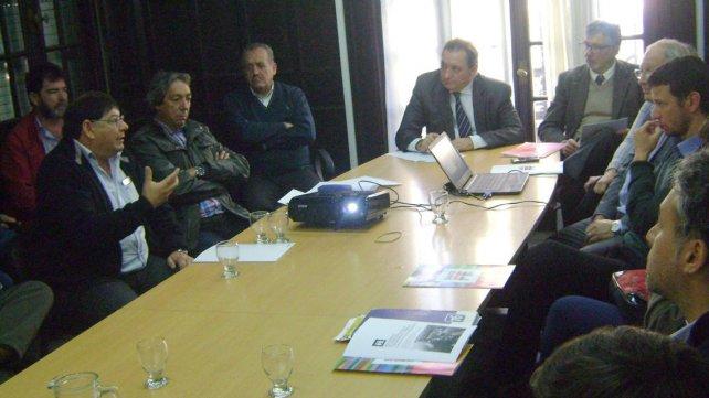 Genesini reveló los datos en la reunión tripartita con gremios e industriales.