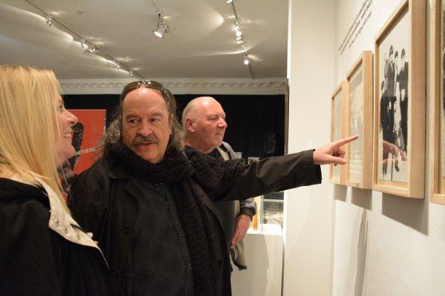 Nebbia, en la sala Miradas, recorre la muestra sobre los 50 años de La Balsa.