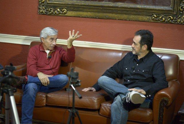 <b>Mano a mano.</b> Imanol Arias pasó por el Facebook Live de La Capital.&amp;nbsp;