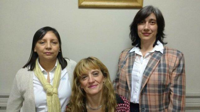 Correa, Lindozzi y Calisse, psicólogas del grupo Continuidad.