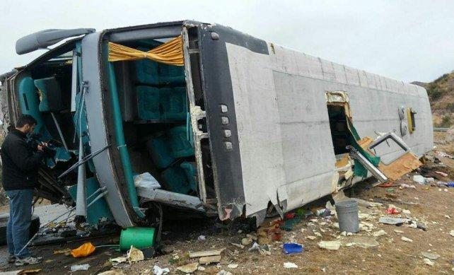 El micro de la empresa Talcahuano, en el que viajaban los chicos cuando sucedió la tragedia, tenía vencida la habilitación. <br>